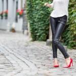 Kultowe kroje spodni damskich
